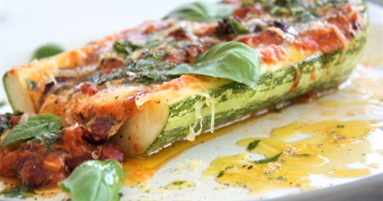 Zucchini Stuffed With Red Kidney Beans