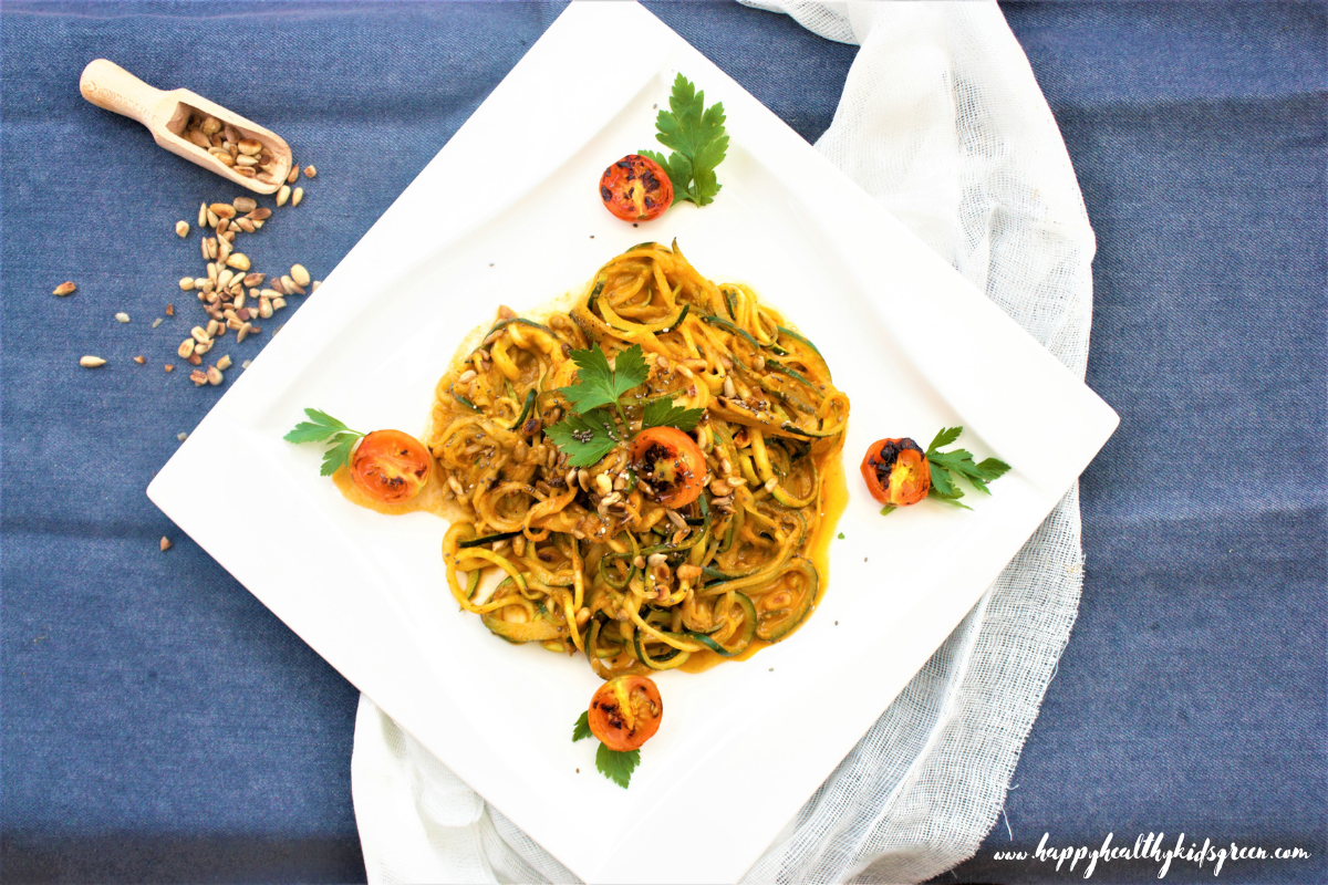 Zucchini Spaghetti in Vegetable Sauce